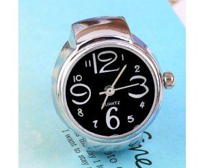 Кварцевые часы-кольцо на палец